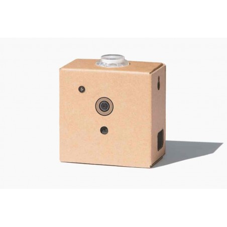 The AIY Vision Kit (Google AIY)  intelligent camera, recognize objects using machine learning